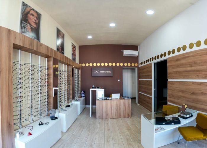 3 motive sa iti achiziționezi lentilele de contact din cabinetul de optica medicala, mai ales daca esti la prima incercare.