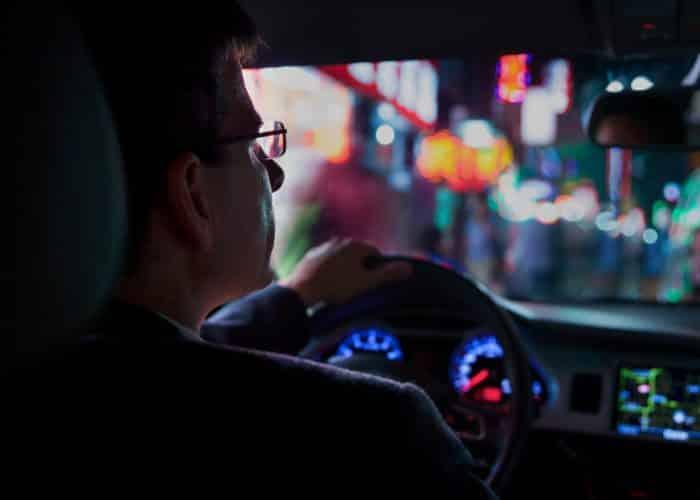 Ochelari pentru condus. Scapa de stresul la volan noaptea