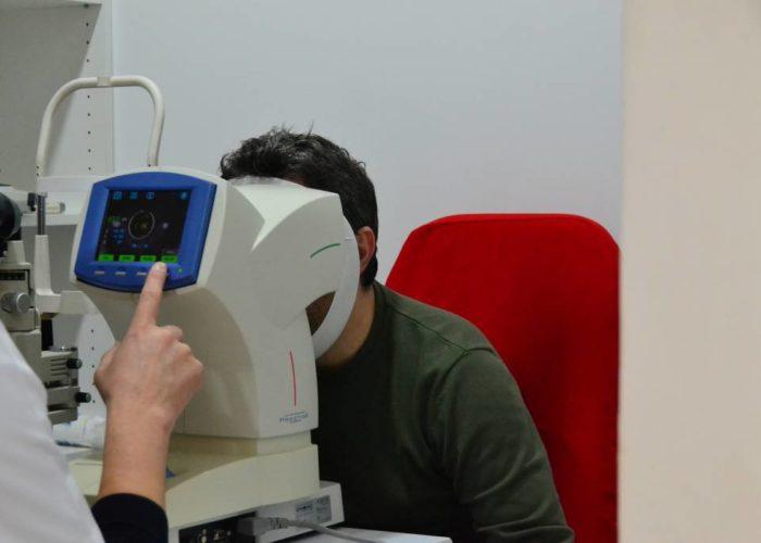 10 simptome pe care le ignori dar care te trimit de urgenta la oftalmolog
