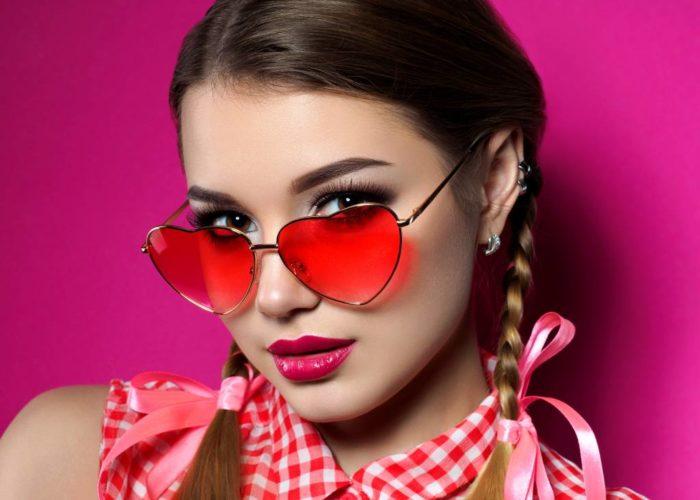 6 trucuri de make-up care te vor ajuta daca porti ochelari de vedere